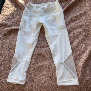 Lululemon white Capri leggings